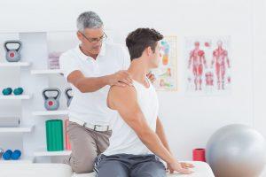 Entenda como a quiropraxia pode aliviar dores musculares e nas costas!