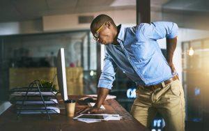 Trabalho em excesso: entenda as consequências para a sua saúde!